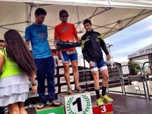 Luca Cavina sul podio dell' IronDelta, triathlon sprint a Lido delle Nazioni