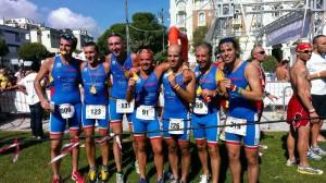 I ragazzi dell' Imola Triathlon dopo l'arrivo del Triathlon olimpico di Cesenatico