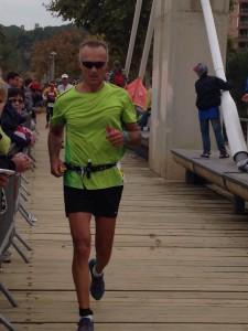 Massimo Camanzi durante la maratona dell' Ironman di Barcellona