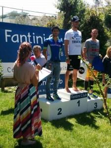 Fabio Galassi sul podio di categoria S2 allo Sportur Triathlon Sprint di Cervia
