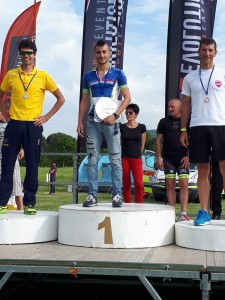 Fabio Galassi sul podio di categoria S3 all'IronLake